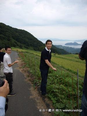 飯尾さんに自社で管理されている棚田を案内していただいたきました。